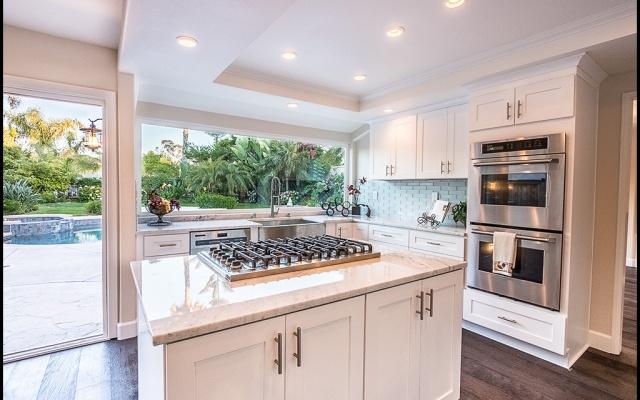 Kitchen and Flooring Laguna Niguel
